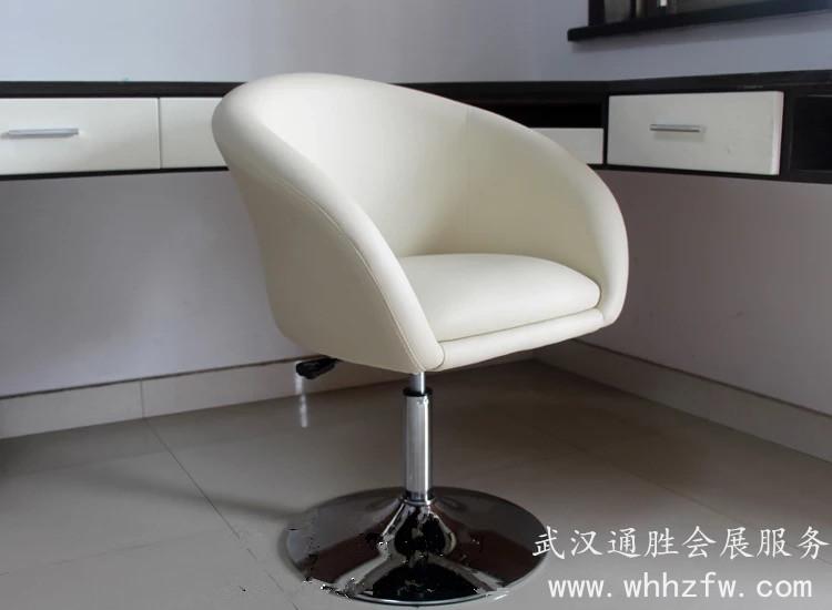 白色沙发转椅